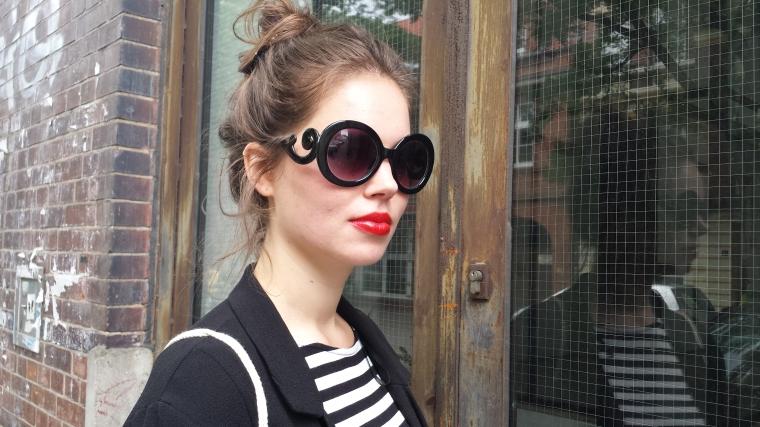 Grosse runde Sonnenbrille schwarz