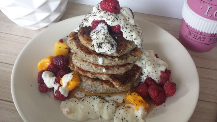 Chiasamen-Bananen-Pancakes-vegan1